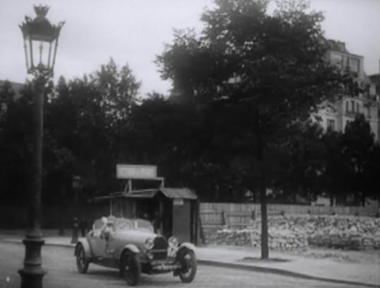 Bugatti_2+2